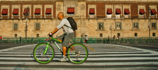 Cycling in Mexico City (ITDP)