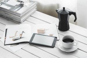 technology_digital_tablet_digital_tablet_computer_device_black_white-1325876.jpg!d